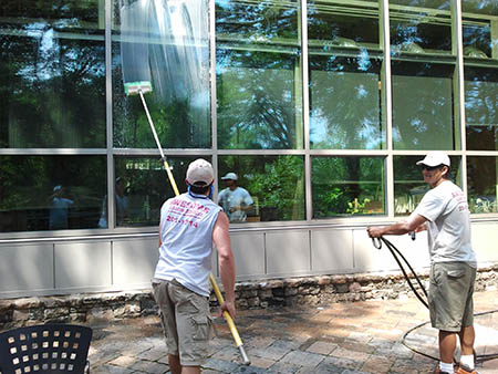 window washing in greenville sc